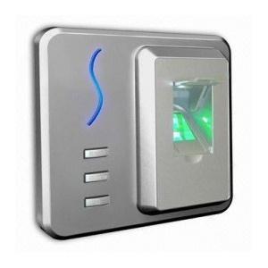 Биометричен терминал за контрол на достъп и отчитане на работно време с вграден RFID четец SF100